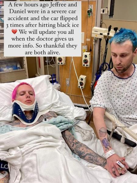 Jeffree Star publicou foto em cama de hospital - Reprodução / Instagram
