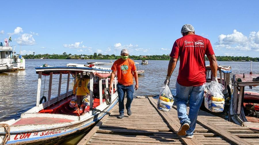 Distribuição de alimentos pelo programa Mesa Brasil Sesc no Amapá - Divulgação