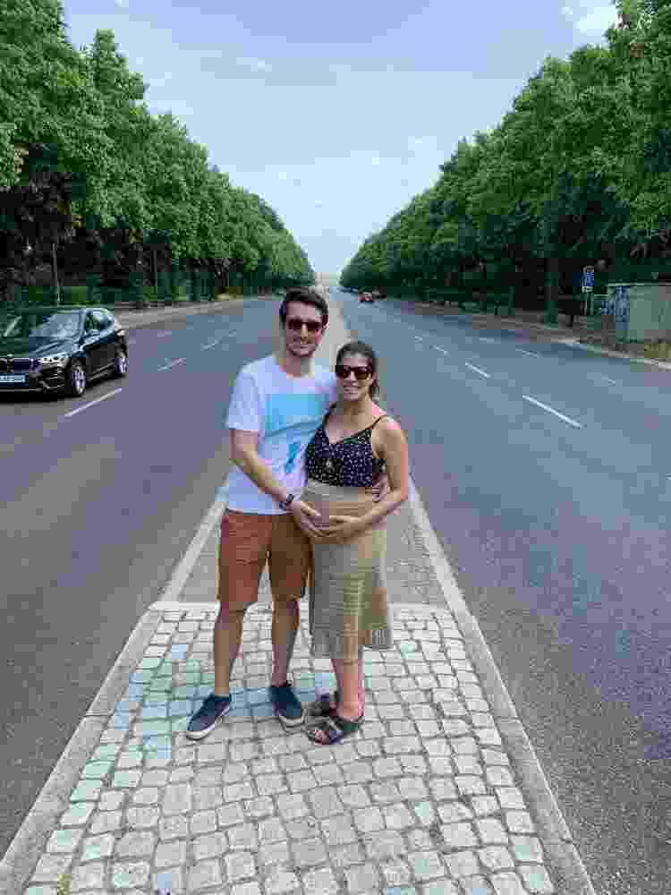 Bianca, com a saia, ao lado do marido - Arquivo Pessoal - Arquivo Pessoal