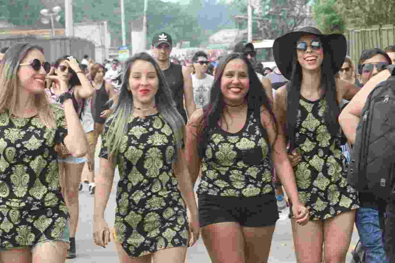 26.set.2015 - Público começa a chegar na Cidade do Rock para o sexto dia de shows do Rock in Rio 2015, que tem como atração principal a cantora americana Rihanna. - Zulmair Rocha/UOL