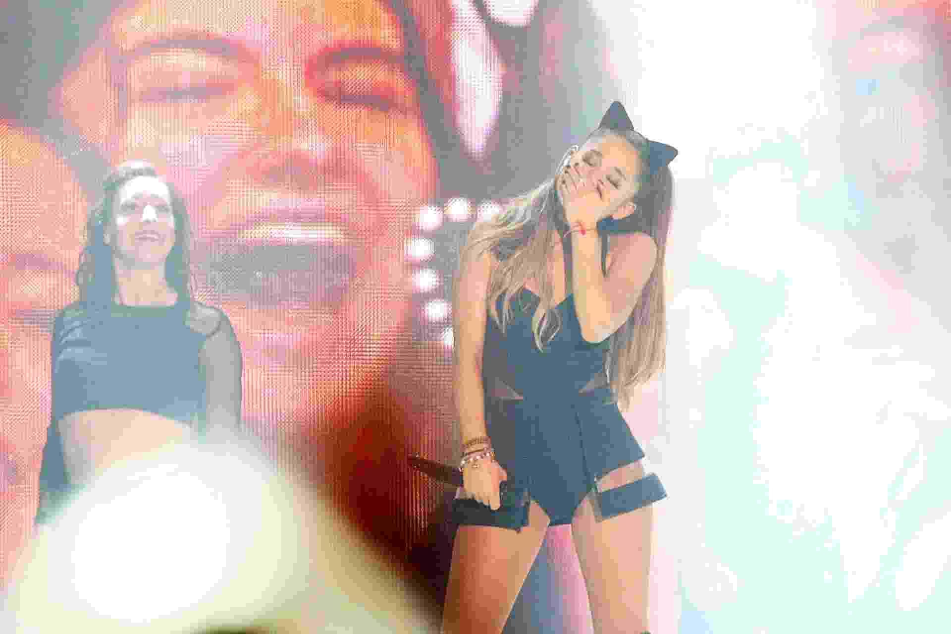 25.out.2015 - Pela primeira vez no Brasil, a cantora Ariana Grande se apresentou neste domingo no Allianz Parque, em São Paulo - Reinaldo Canato