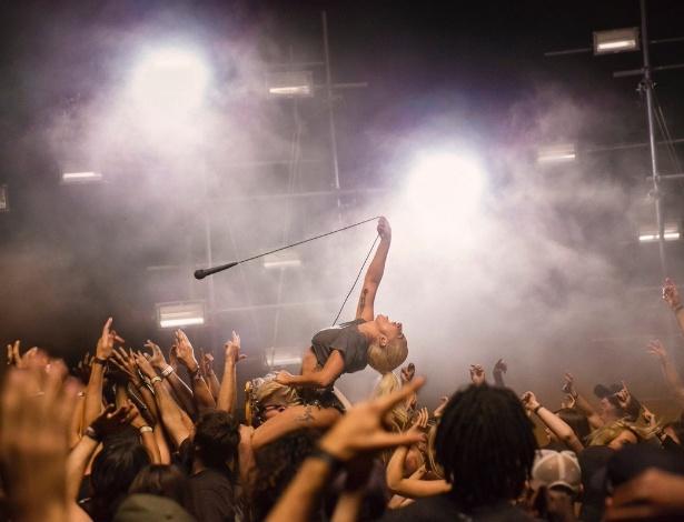 """Lady Gaga em cena que pode ser do novo clipe de """"Perfect Illusion"""" - Divulgação/Twitter"""