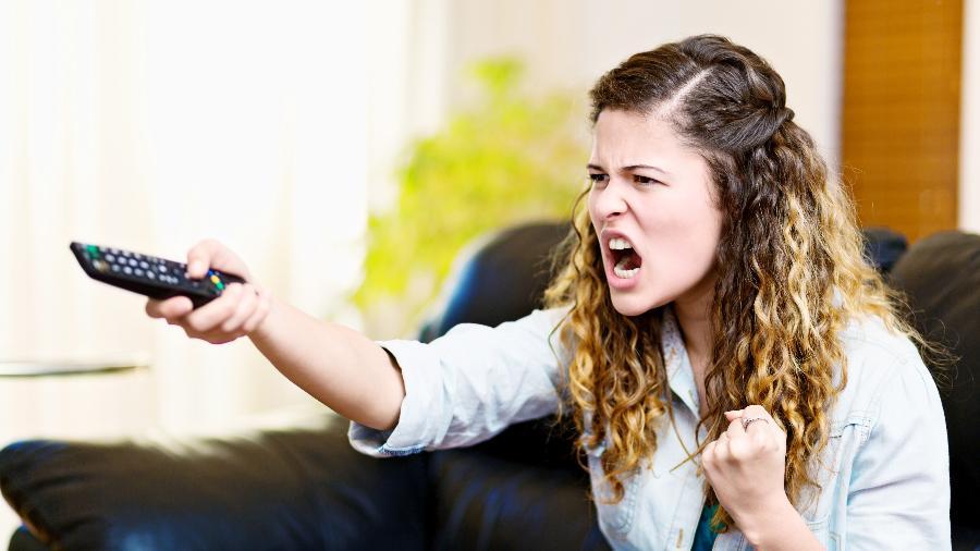 Além do preço do serviço, consumidor se irrita com reprises e comerciais excessivos na TV paga - Getty Images/iStockphoto