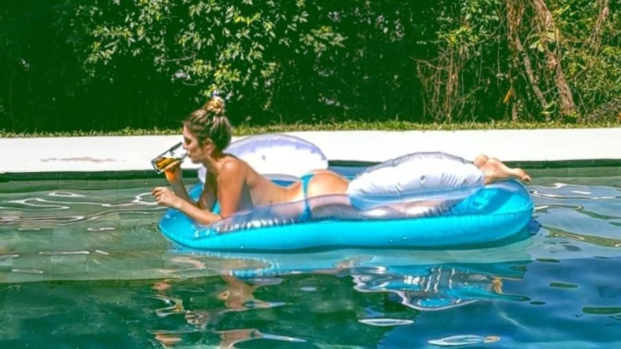 Rafa Brites curte sábado de sol na piscina - Reprodução/Instagram/rafabrites