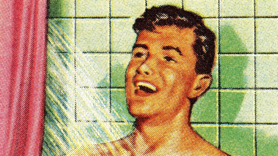 Banho quente friou ou morno - iStock