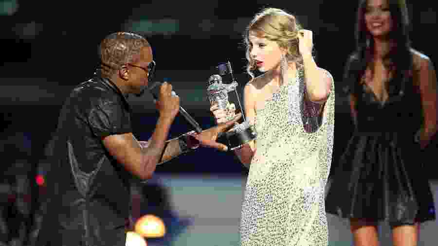 Kanye West e Taylor Swift no VMA 2009 - Getty Images
