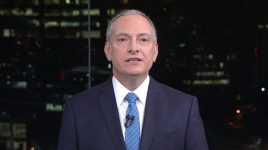 """José Roberto Burnier, âncora do telejornal matinal """"GloboNews Em Ponto"""" - Reprodução"""