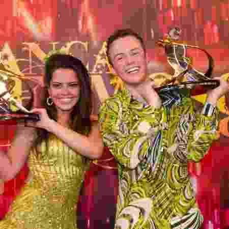 """Miguel Roncato e Ana Flavia Simões venceram a """"Dança dos Famosos"""" em 2011 - Bob Paulino/TV Globo - Bob Paulino/TV Globo"""