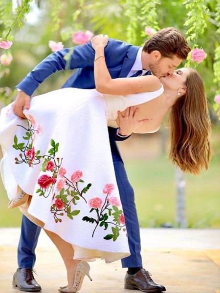 Klebber Toledo e Camila Queiroz se casam em SP; Isabelle Drummond dá benção - Reprodução/Instagram/klebbertoledo