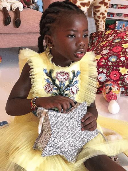 Titi, filha de Giovanna Ewbank e Bruno Gagliasso, comemorou a chegada dos 5 anos neste sábado (16) - Reprodução/Instagram