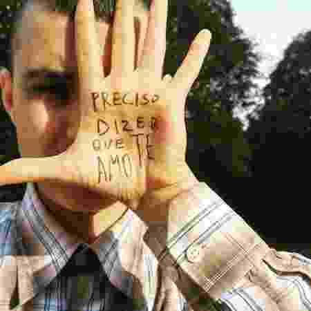 """""""Preciso dizer que te amo"""" é uma campanha de sensibilização contra o suicídio de homens trans - Reprodução/Instagram @projetoprecisodizerqueteamo"""