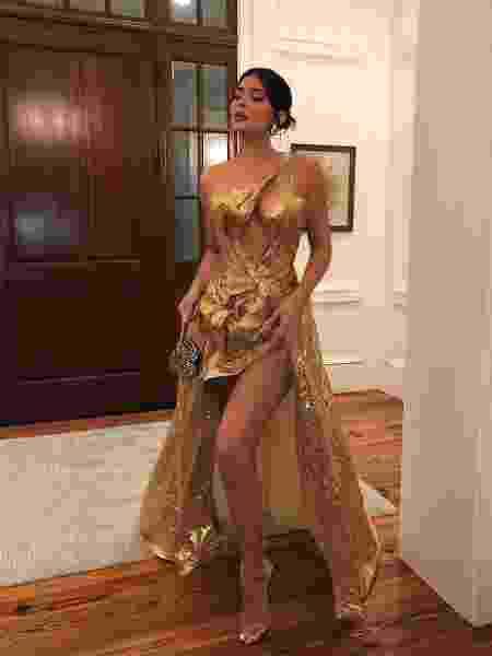 Kylie Jenner mostra vestido que usou no casamento de Justin Bieber - Reprodução/Instagram