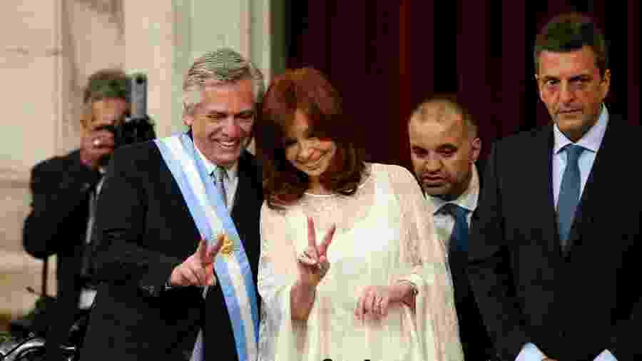 ALberto Fernández posa ao lado da atual vice-presidente (e ex-presidente da Argentina) Cristina Kirchner  - Reuters