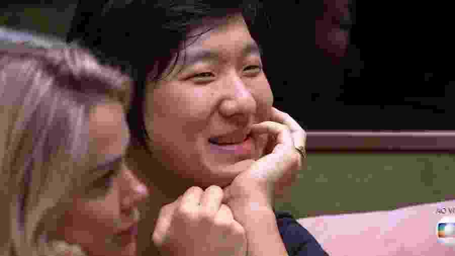BBB 20: Pyong sorri quando ouve de Lucas que ele é manipulador - Reprodução/TV Globo