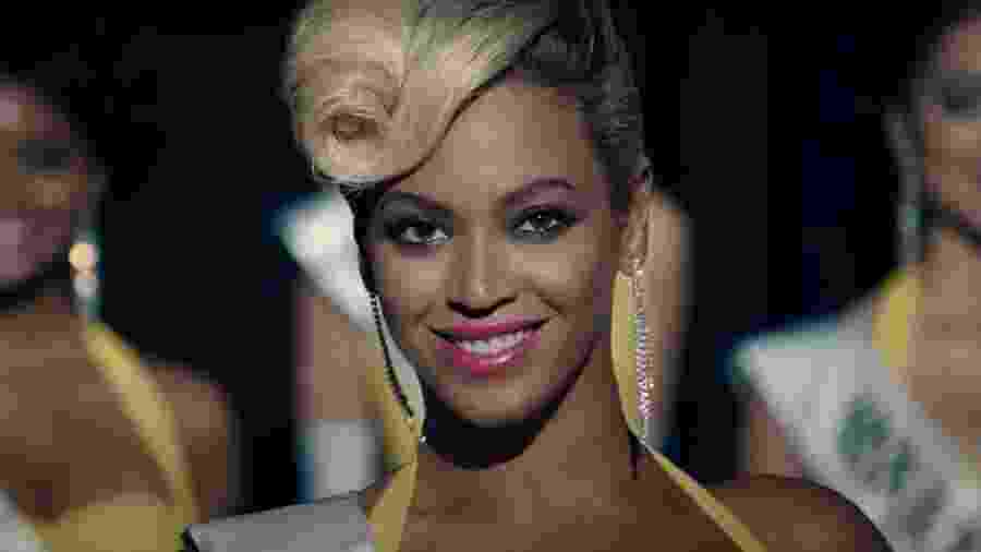Beyonce no clipe de Pretty Hurts - Reprodução