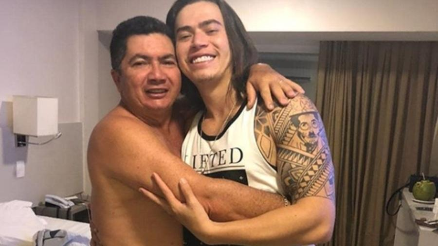Whindersson Nunes e o pai, Hidelbrando Nunes - Reprodução/Instagram