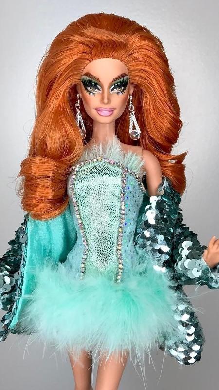 Ru Paul em versão Barbie - Reprodução/Instagram/mark_jonathan_repaints