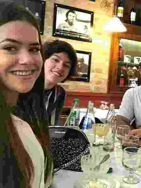 Maisa e o namorado em almoço com os pais da atriz - Reprodução/Instagram - Reprodução/Instagram