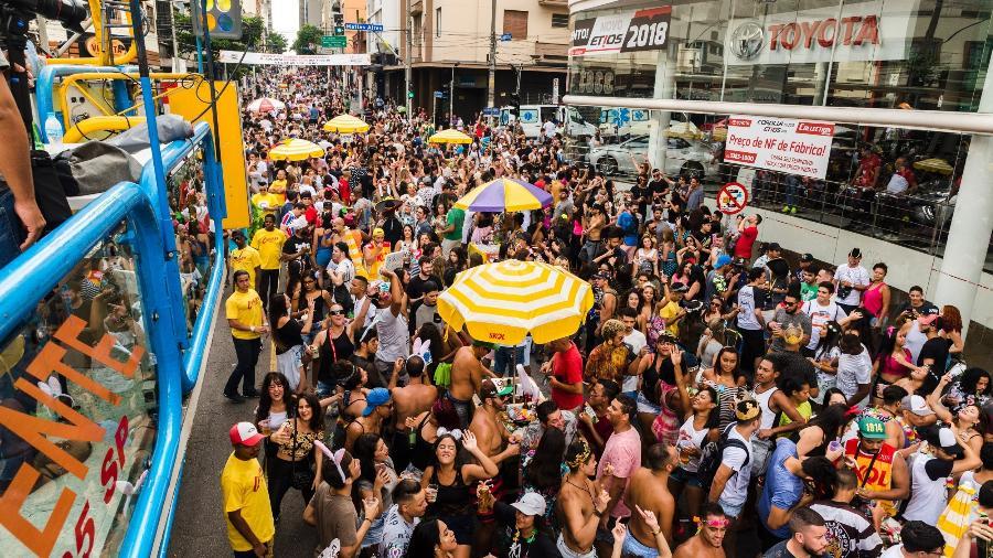 Ideia é tomar uma decisão o quanto antes para que escolas de samba e blocos também se organizem - Rafael Roncato/UOL