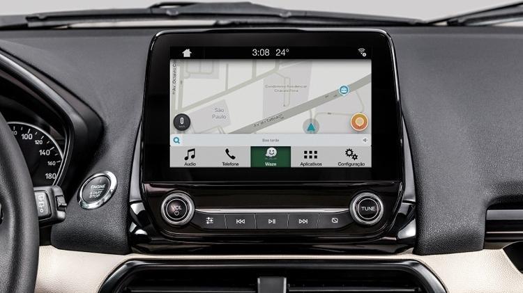 Waze hoje pode ser usado até na central multimídia dos carros, via Apple CarPlay ou Android Auto - Divulgação