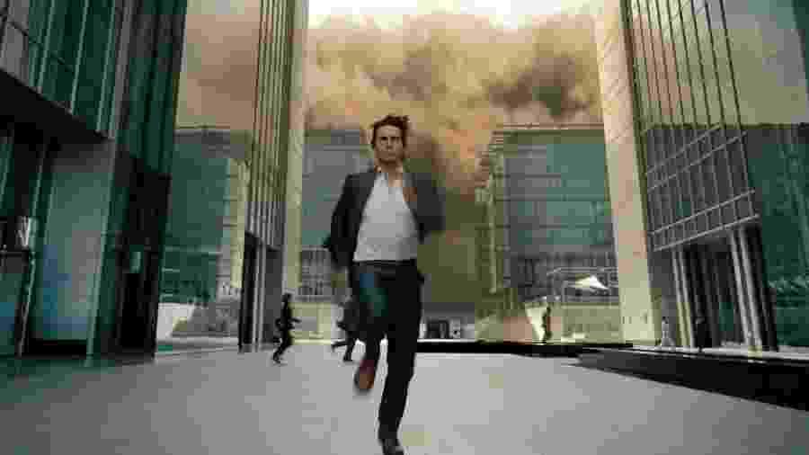 """Cena de Tom Cruise correndo em """"Missão: Impossível 4"""" - Divulgação"""