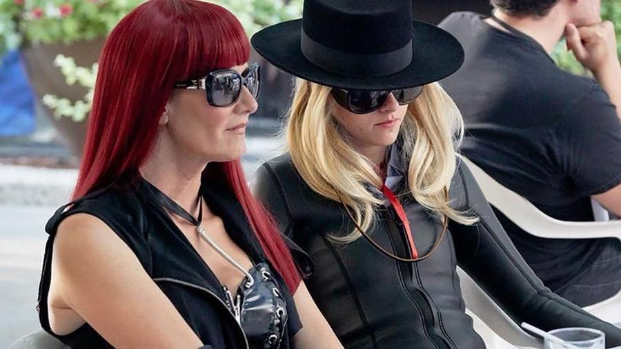 """Cena do filme """"Jeremiah Terminator LeRoy"""", com Kristen Stewart e Laura Dern - Divulgação"""