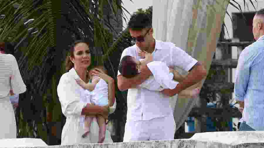 Ivete Sangalo e Daniel Cady durante o batizado das filhas gêmeas, Marina e Helena - AgNews/Dilson Silva