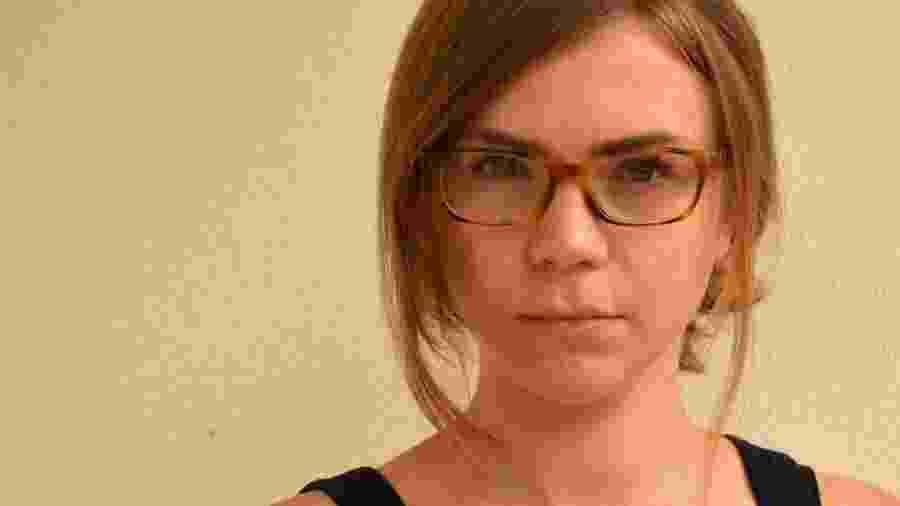 A jornalista Lizzie Porter teve anorexia na adolescência. Hoje, aos quase 30 anos, descobriu que os anos de inanição deixaram uma marca em seu corpo. - Muhammad Eido/BBC