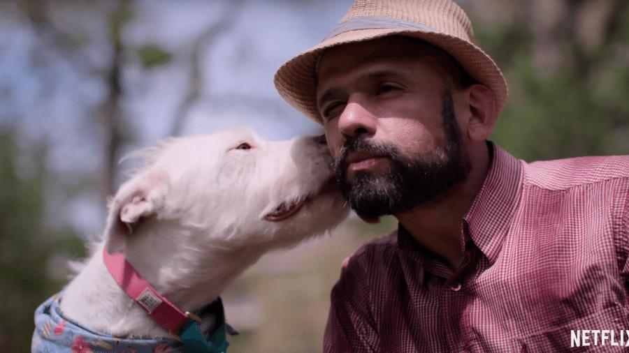 """Cena do trailer de """"Dogs"""" - Reprodução"""