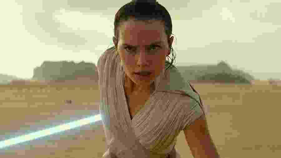 """Rey (Daisy Ridley) preparada para lutar em """"Star Wars IX: A Ascensão de Skywalker"""" - Divulgação"""