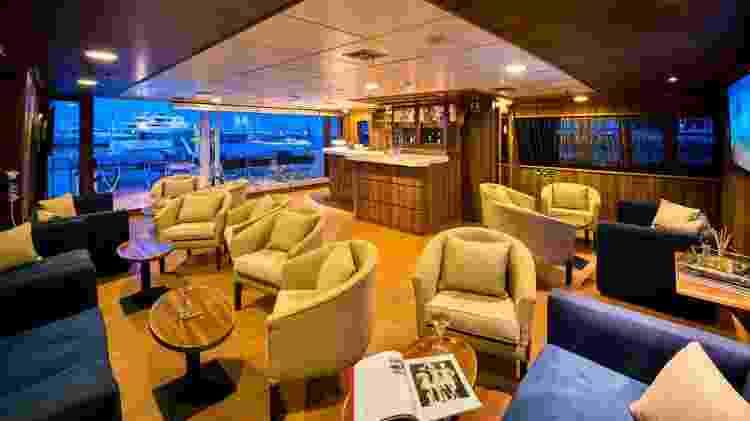 Interior do veleiro Panorama, da Variety Cruises - Divulgação/Tailor Made Yacht Charters - Divulgação/Tailor Made Yacht Charters