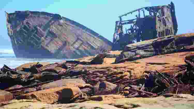Em um tour pela Costa dos Esqueletos, viajantes podem ver diversos navios encalhados - OscarCatt/Getty Images/iStockphoto - OscarCatt/Getty Images/iStockphoto