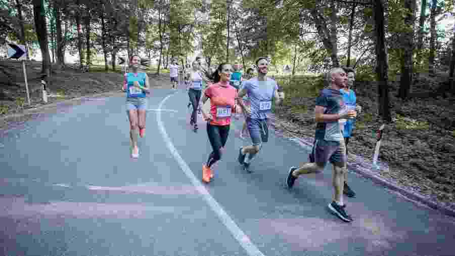 O treino para ir dos 10 km aos 21 km geralmente dura três meses - iStock
