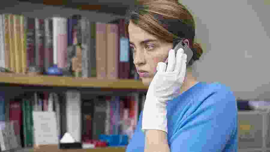 Atriz Adèle Haenel em cena de A Garota Desconhecida (2016) - Divulgação/IMDb