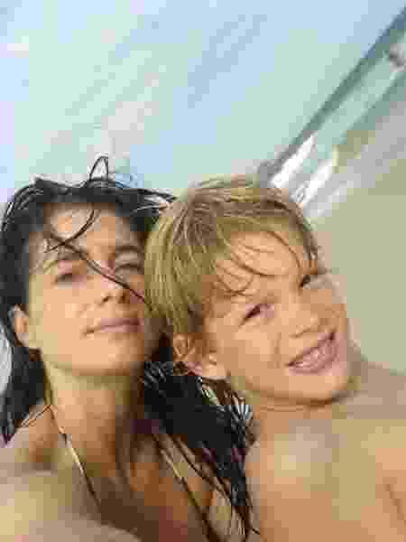 Leticia Spiller em foto antiga com o filho Pedro Novais - REPRODUÇÃO/INSTAGRAM