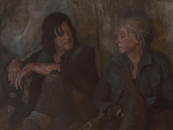 Daryl (Norman Reedus) e Carol (Melissa McBride) em cena da 10ª temporada de 'The Walking Dead'