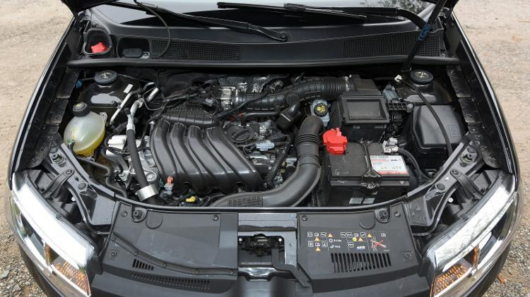 Renault diz no manual do Sandero 2020 para não passar de 130 km/h nos primeiros 1.000 km - Murilo Góes/UOL