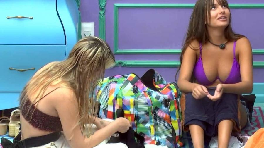BBB 21: Emparedada Thaís faz teoria sobre a eliminações no reality show - Reprodução/Globoplay