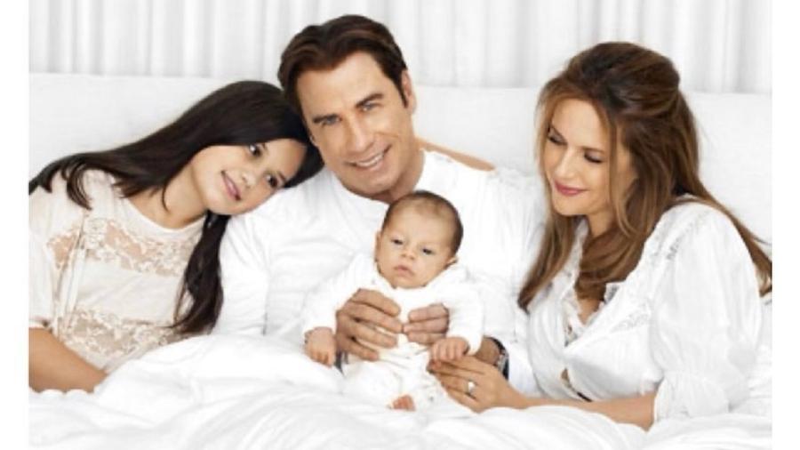 John Travolta, Kelly Preston e os filhos do casal - Reprodução/Instagram