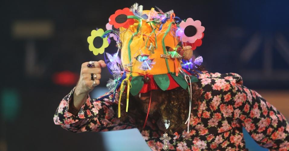 6.fev.2016 - Show de Silvério Pessoa no Marco Zero, no Recife