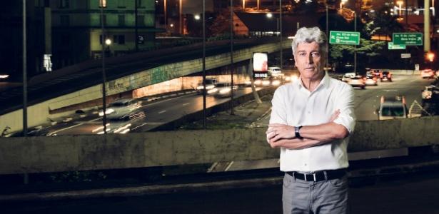 """Caco Barcellos, que está há dez anos à frente do """"Profissão Repórter"""" - Ramon Vasconcelos/Rede Globo"""