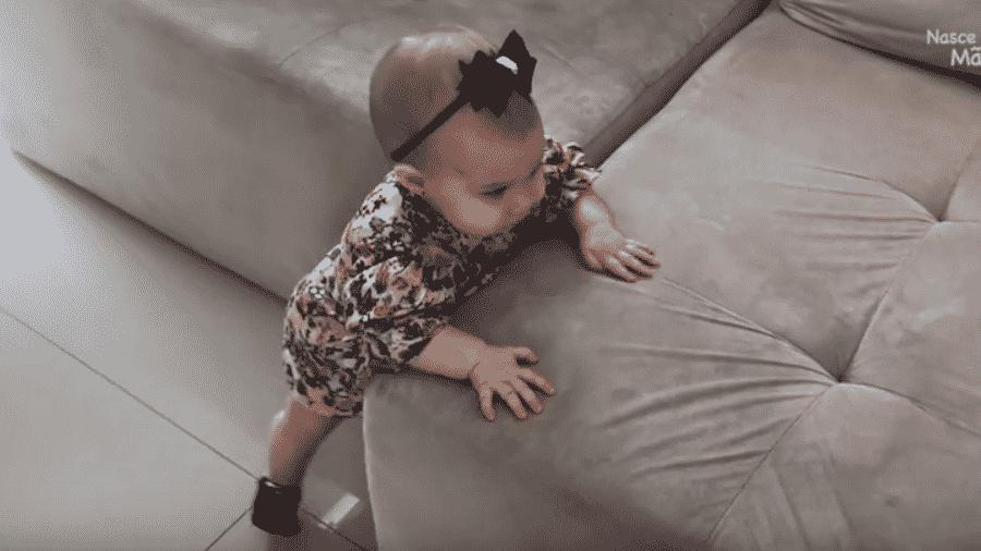 Thaís Fersoza mostra a Melinda aprendendo a andar  - Reprodução/Instagram thaisfersoza