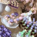 Com motivos lúdicos e vários unicórnios, Thais Fersoza e Michel Teló mostraram a decoração da festa de 1 ano da filha Melinda - Reprodução