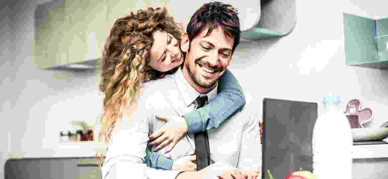 Frequência sexual em alta pode melhorar produtividade no trabalho - iStock