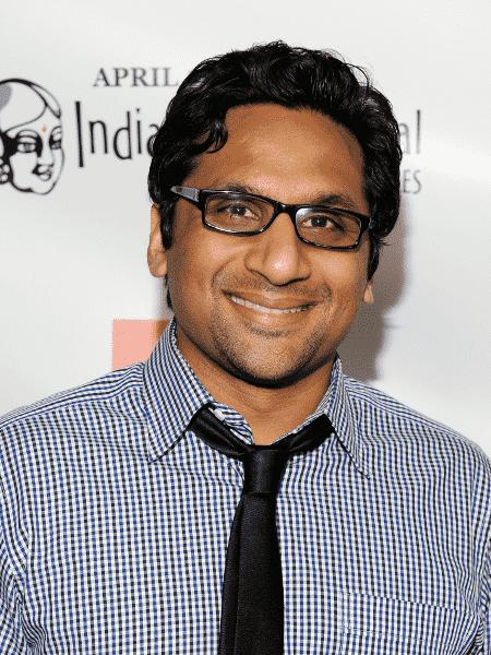 O ator Ravi Patel - Reprodução