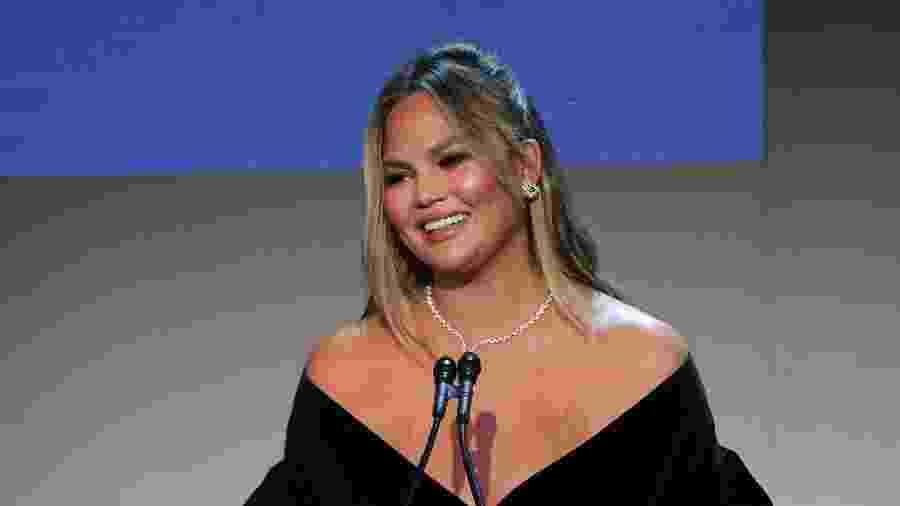Chrissy Teigen durante o WSJ. Magazine 2018 Innovator Awards - Getty Images