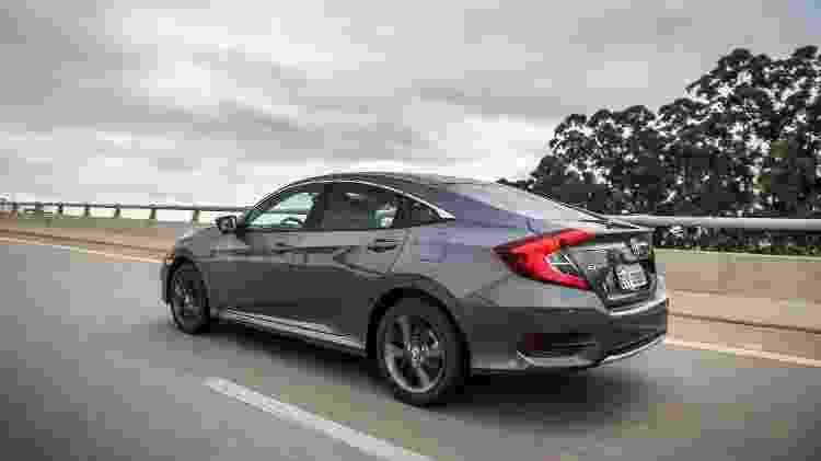 Honda Civic EXL 5 - Divulgação - Divulgação