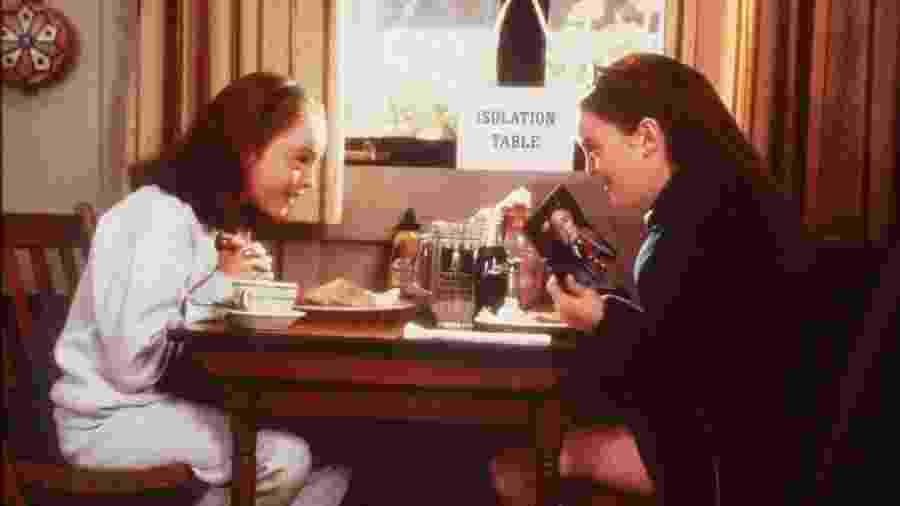"""Lindsay Lohan fez papel duplo em """"Operação Cupido"""" - Reprodução/IMDb"""