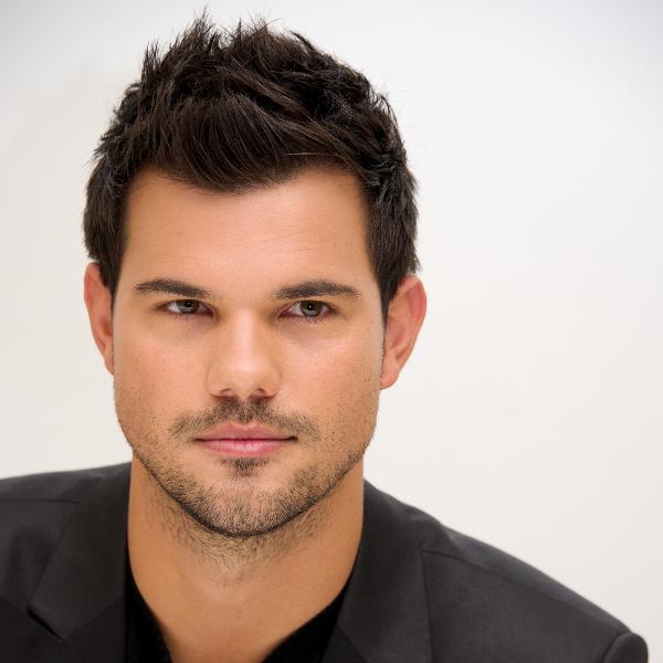 O ator Taylor Lautner