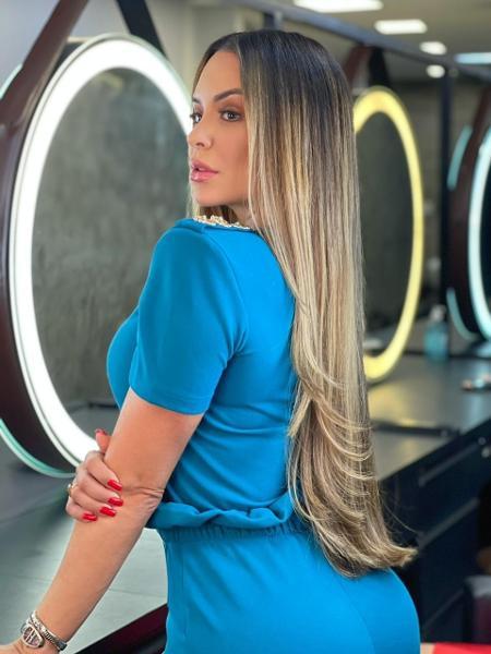 Denise Dias mostrou o novo visual - Divulgação